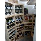 Mit Weinregalen Kabinett können Sie auch kleinere Ecken für Ihren Weinvorrat sinnvoll nutzen. Auch in einer Ecke Ihres Kellers passt dieses praktische Weinregal, das sich sehen lassen kann.