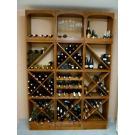 Durch die Benutzung von Sockeln werden die Weinflaschen vom Boden angehoben, was einfach schänber gepflegter aussieht. Auch werden Sie weniger häufig mit einem Besen oder Staubsauger an die Flaschenhälse anecken