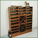 Billige Weinregale wackeln schon nach einigen Jahren. Wenn Sie jedoch ein Weinregal aus Kiefernholz bei  Domus Naturalis bestellen, haben Sie jahrzehntelang Freude an Ihrem Kauf!